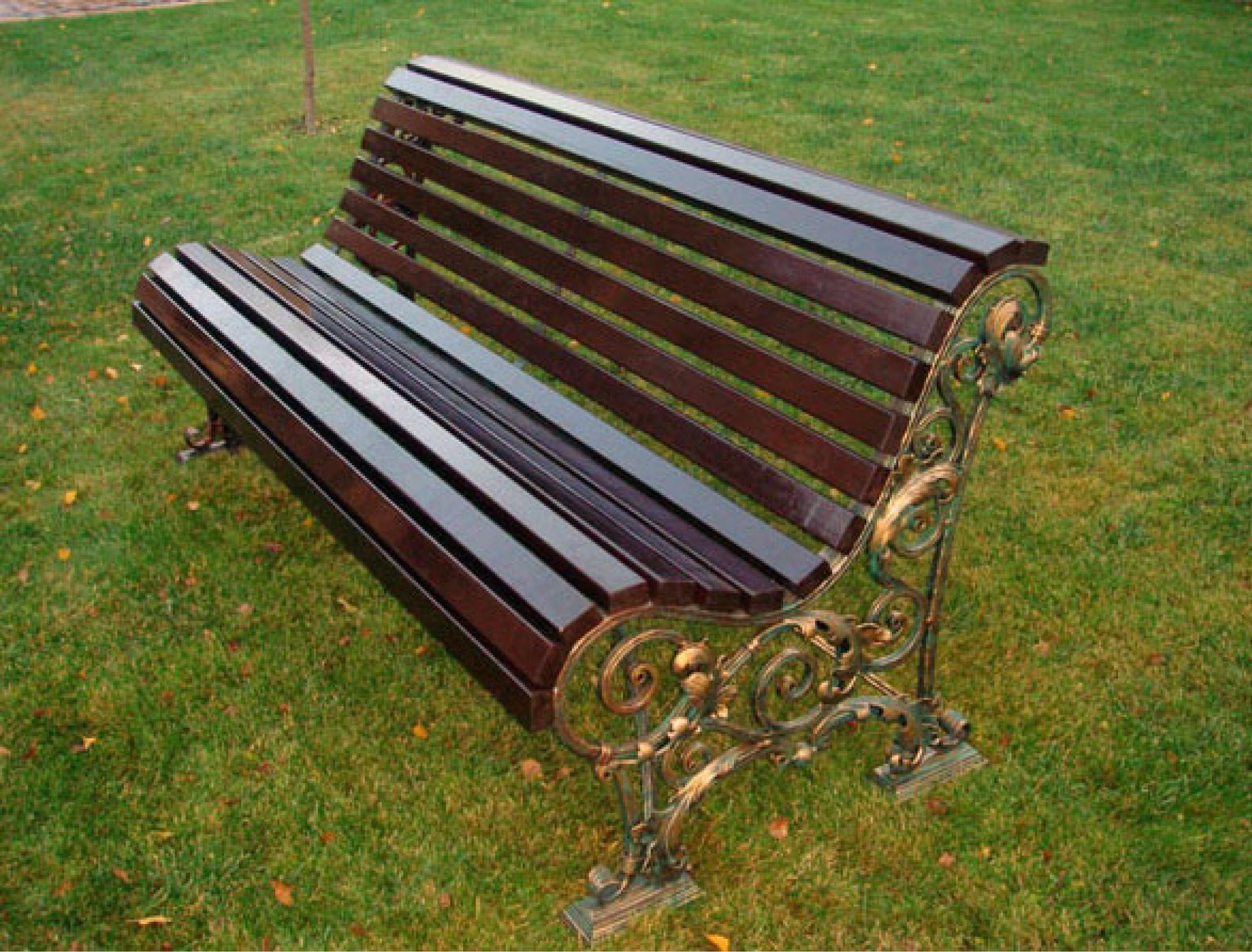 Скамейки из кованных элементов