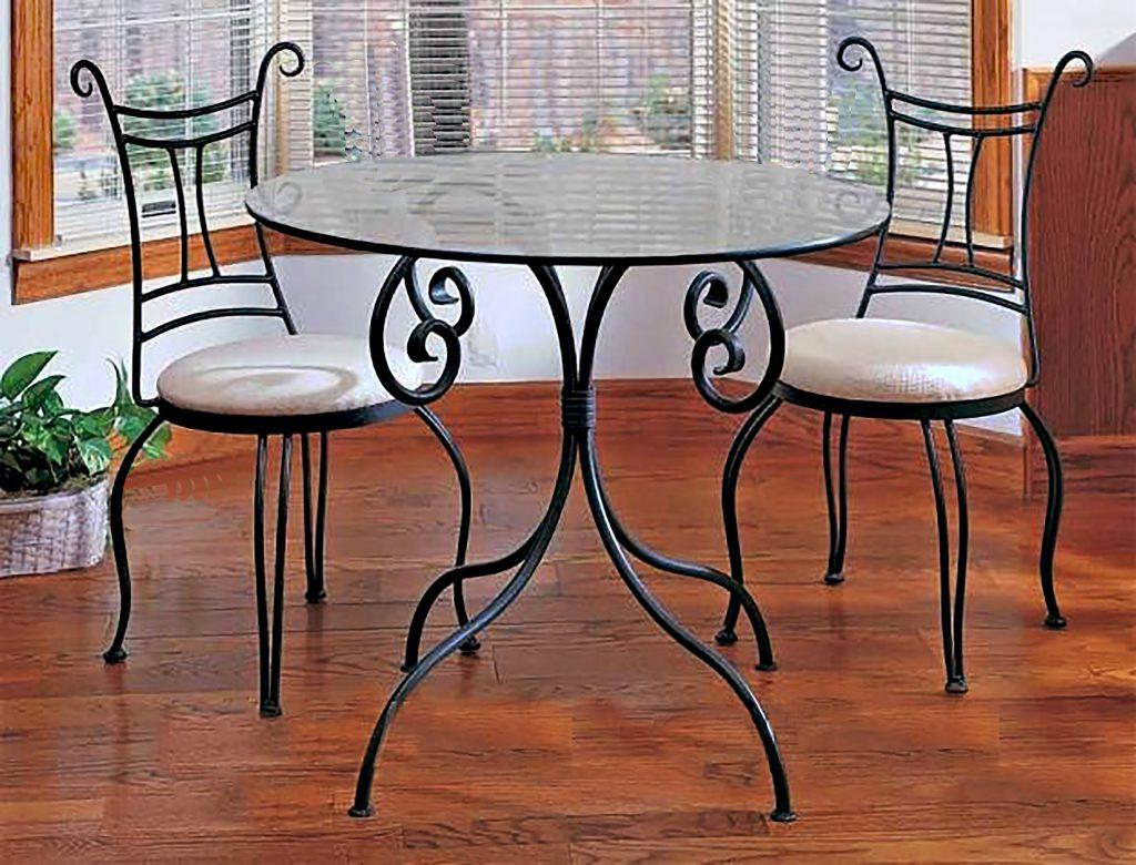 Кованые столы по низкой цене.