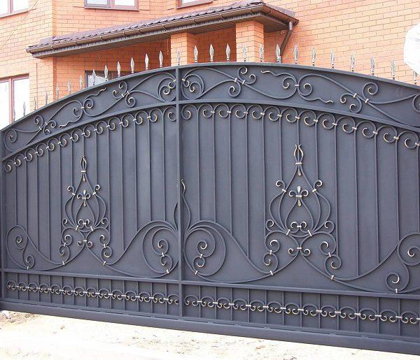 14 кованые откатные ворота