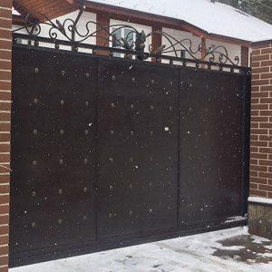 15 кованые откатные ворота