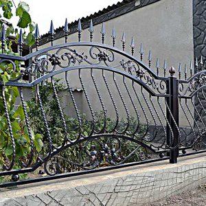 24 кованый забор