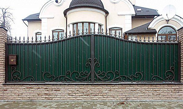 29 кованый забор