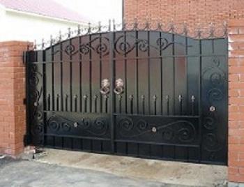 51-кованые-ворота-300x231