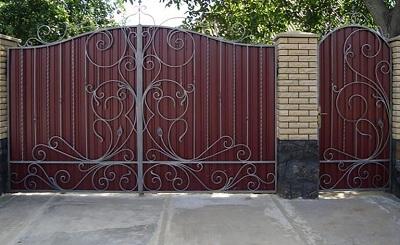 62-кованые-ворота-768x472
