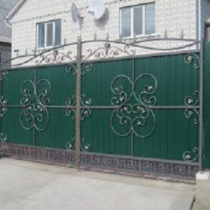 71-кованые-ворота-300x229