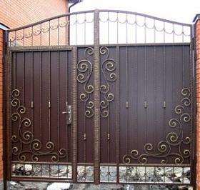 72-кованые-ворота-300x285