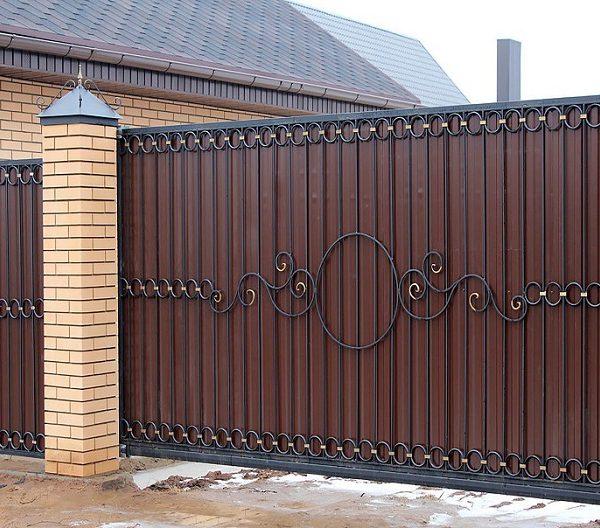9 кованые откатные ворота