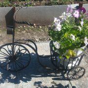 17 кованая цветочница 3