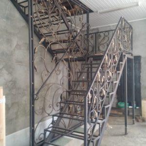 6 кованая лестница 1