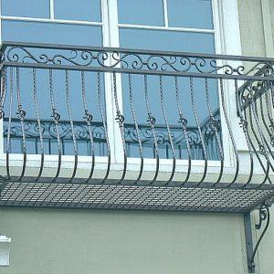 Кованые балконы Владивосток.