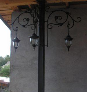 2 кованый фонарь