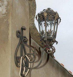 3 кованый фонарь