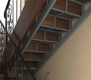 10-кованая-лестница